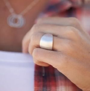 Silver chunky ring!